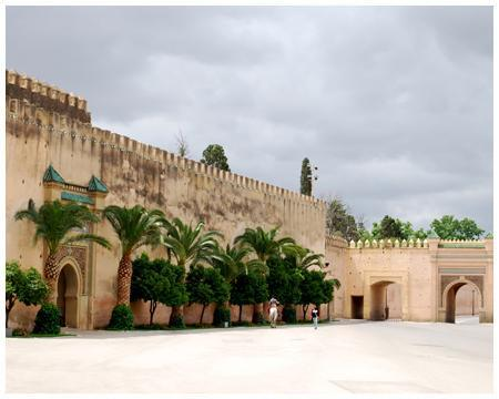 Cheap car rental Meknes Morocco.